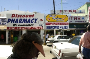 Mexican Pharmacies Draw Americans Seeking Cheaper Drugs